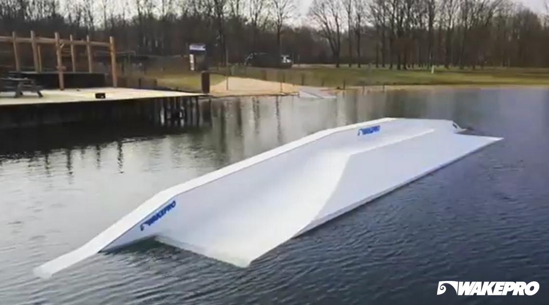 Wakepro obstacles at Waserskicentrum de Berendonck