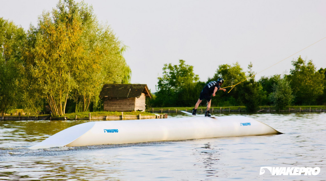 akeboarding obstacles